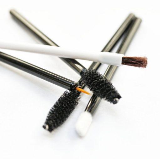 Essential disposable makeup applicator kit